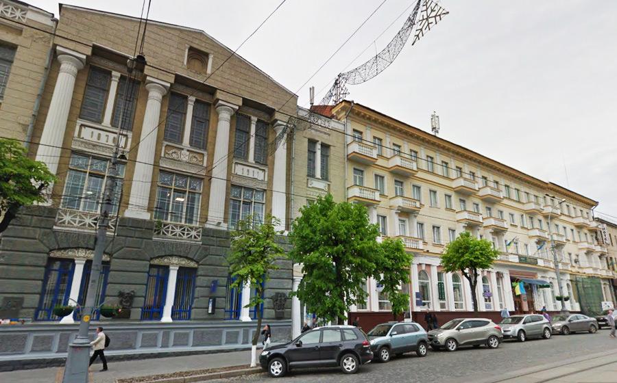 У центрі Вінниці відреставрують фасади кількох будинків (фото) - фото 3